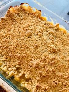 Crumble poire choco - La Popotte Restaurant Bressuire - Sur place, en livraison et à emporter - Manger bon, sain et local